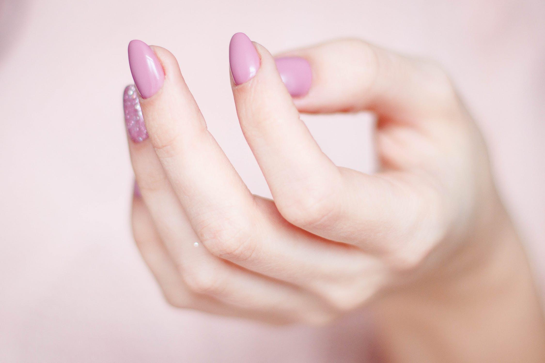 5 Tips for At-Home Nail Health